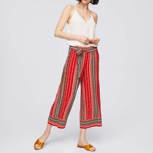 Loft red sirena floral tie waist cropped pants
